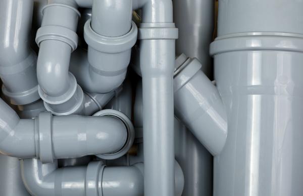 Graue PVC-Abwasserkanal-Rohre