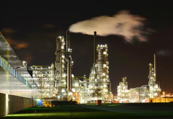 chemiewerk-industrieanlage