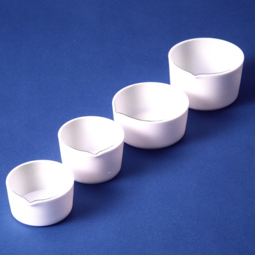 Evaporating Dish made of PTFE - with spout