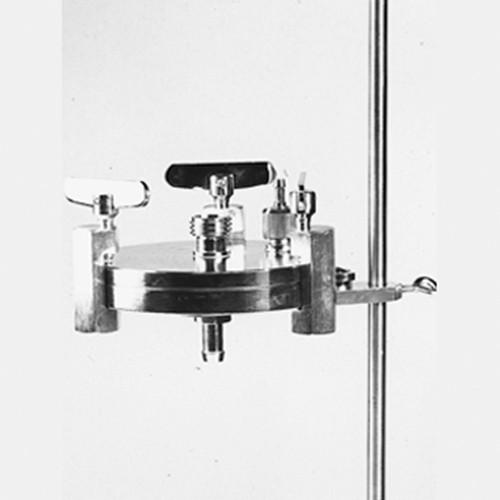 Filtrationsgerät mit Druckplatte
