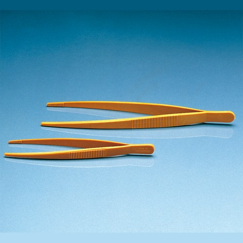 Tweezers made of POM
